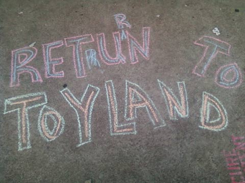 chalk writing at Lake Merritt